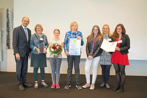 Muensterisches-Inklusionsprojekt-landesweit-spitze-Minister-verleiht-Inklusionspreis-NRW-an-Jipa-Projekt-des-Vereins-SeHT_image_630_420f_wn